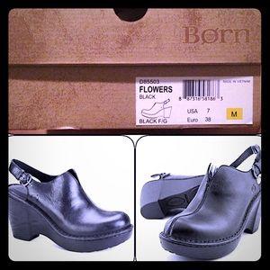 BORN black closed-toe wedge size 7